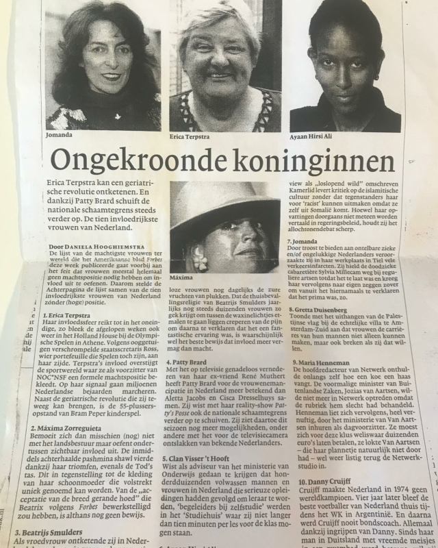 De ongekroonde koninginnen van 2004, een artikel van @hooghiemstradaniela in @nrcnl Inclusief Jomanda, Patty Brard en Maxima voordat ze met Willem Alexander trouwde. #fijnweekend #opruimendoetvinden #vroegah #vrouwendag #stemopeenvrouw #👑